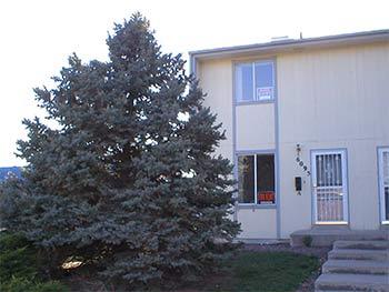 $995 - $1035 per month per unit, 6095-A Otis Street,
